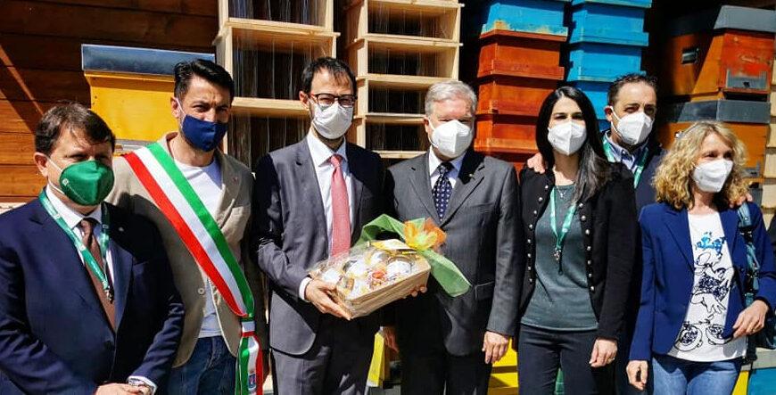 """Il Ministro Patuanelli a Pescina """"Città del Miele"""", il sindaco Zauri """"Visita importante e costruttiva"""""""
