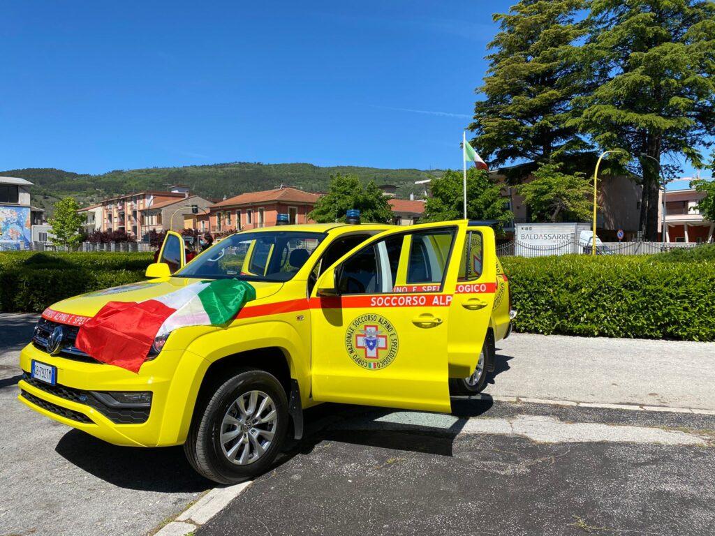 Benedizione di un nuovo veicolo del Cnsas per la sicurezza in montagna e un minuto di silenzio in ricordo delle vittime sul Velino