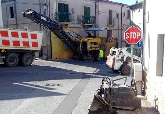 Partiti i primi interventi di manutenzione delle strade cittadine a Cerchio