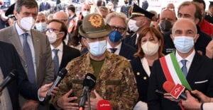 """Commissario Figliuolo in Abruzzo. Marsilio: """"garanzie su fornitura vaccini e attenzione per popolazioni aree interne"""""""