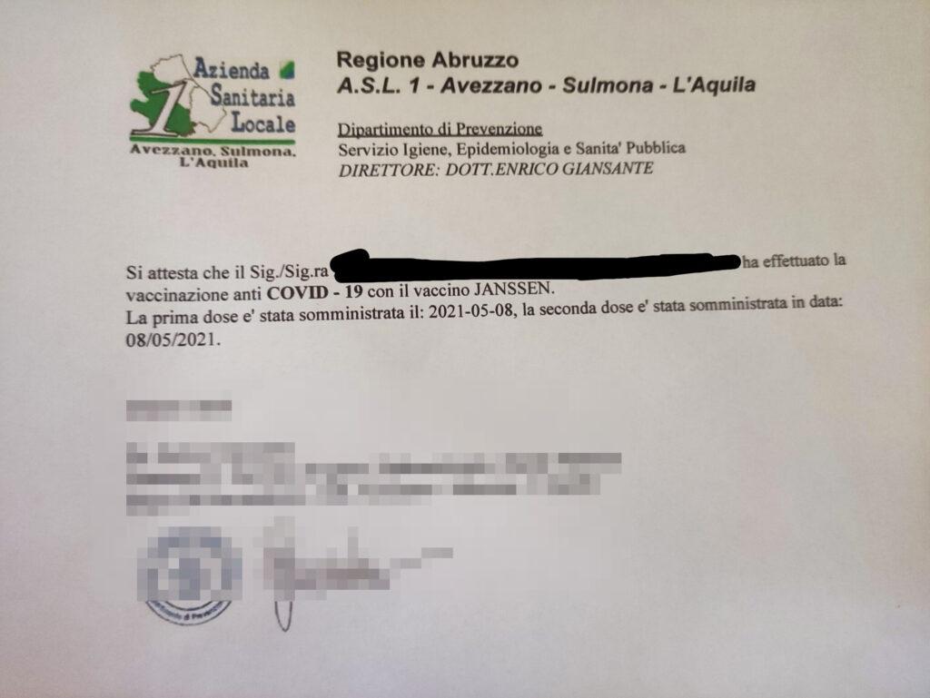 Caos vaccini ad Avezzano: riceve attestato di vaccinazione senza aver fatto nemmeno la prima dose