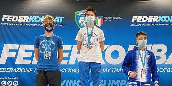 Gabriele D'Amore di Cerchio è Vice Campione Italiano di Kick Boxing specialità Light Contact