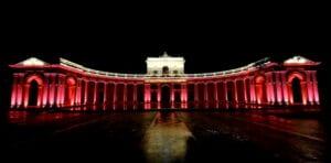 Per la Giornata Mondiale della Croce Rossa Palazzo dell'Emiciclo sarà illuminato di rosso
