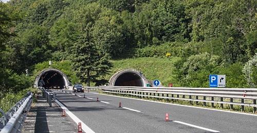 Sull'autostrada A24 viene riaperta la galleria di Roviano