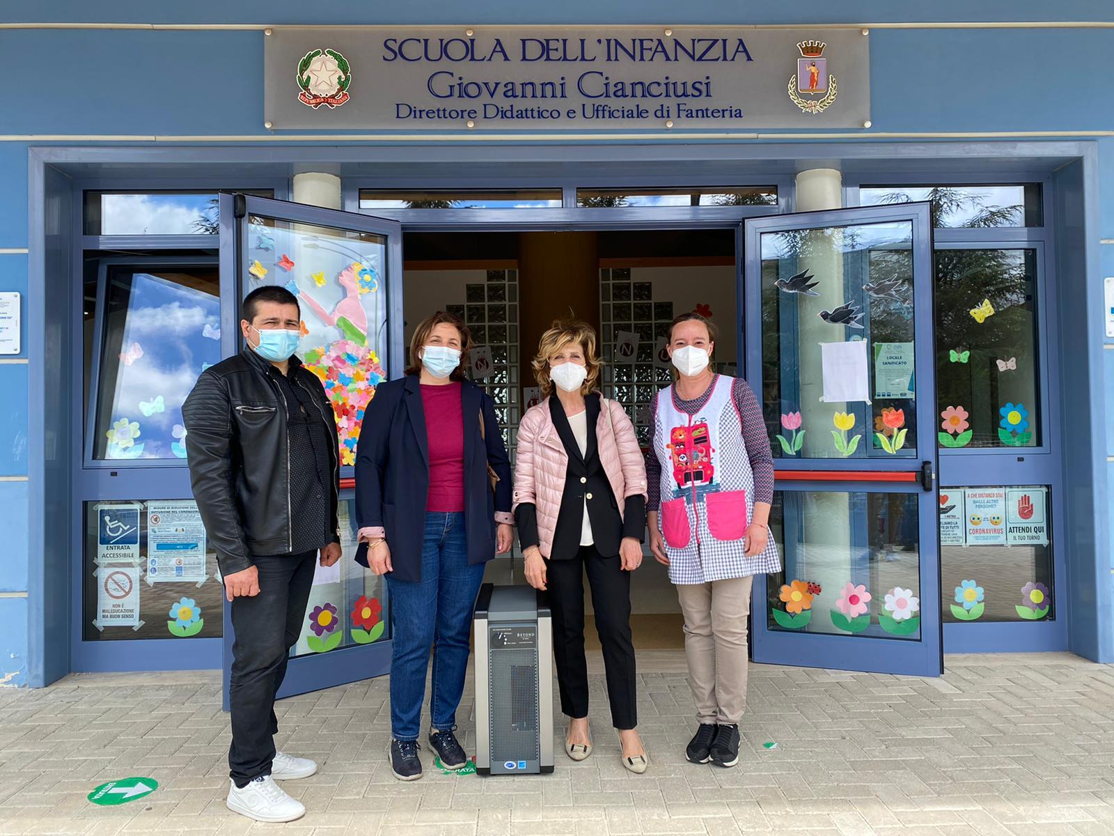"""Arrivano 15 sanificatori nelle scuole materne di Avezzano, Colizza e Gallese: """"Strumenti utili per migliorare la qualità degli ambienti"""""""