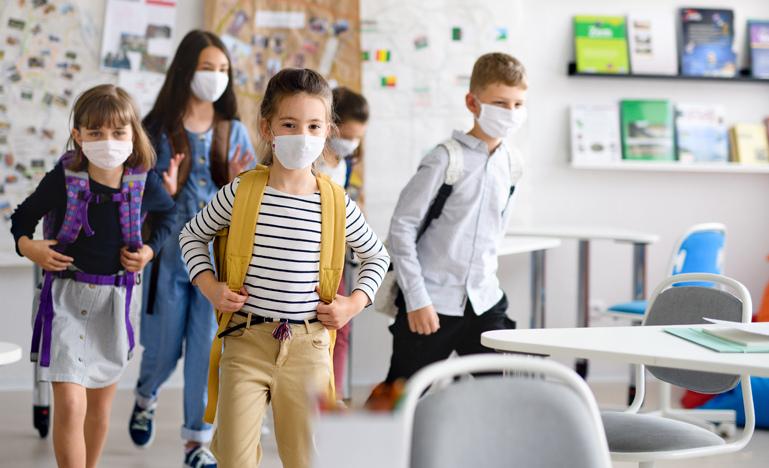 Arrivano i sanificatori della fondazione Carispaq per le scuole medie di Avezzano, grazie ad un contributo di 35mila euro