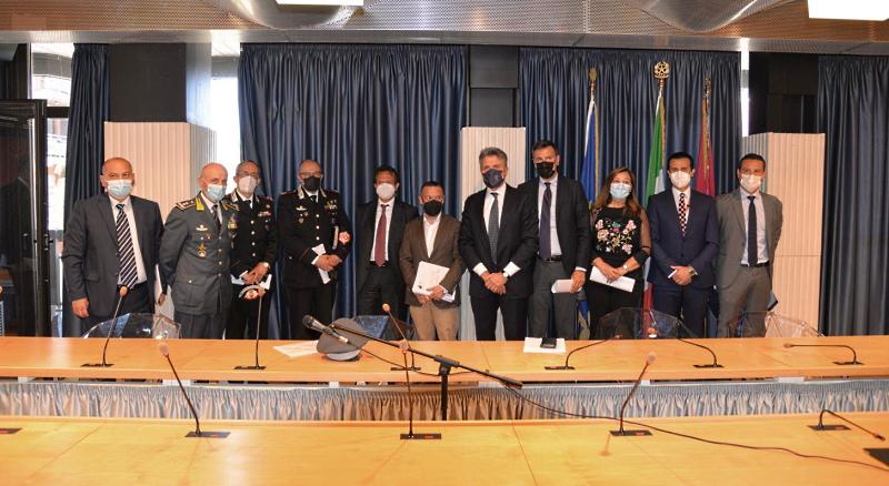 Sicurezza sui treni: accordo tra Regione, Trenitalia e Forze di Polizia