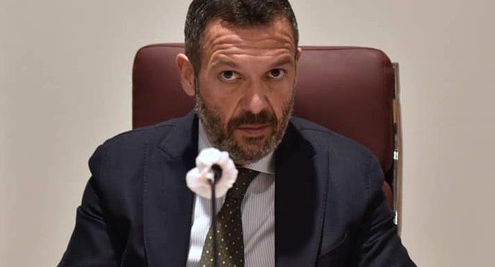 Avviso di garanzia per Lorenzo Sospiri, Presidente del Consiglio regionale d'Abruzzo