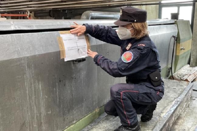 Esalazioni maleodoranti della Piana del Cavaliere: trovato impianto di stampa industriale senza autorizzazioni ambientali