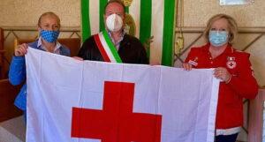 Tagliacozzo celebra la giornata mondiale della Croce Rossa illuminando di rosso Palazzo Ducale