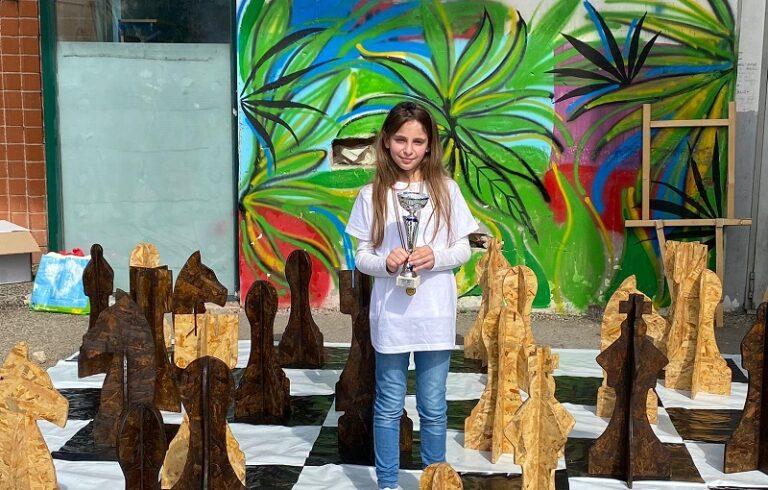 """Elisa Scognamiglio è la vincitrice del torneo di scacchi organizzato dalla """"Collodi Marini"""" di Avezzano"""