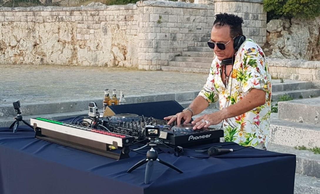 """Il """"Joe T Vannelli Live on Tour"""" approda a San Benedetto dei Marsi"""