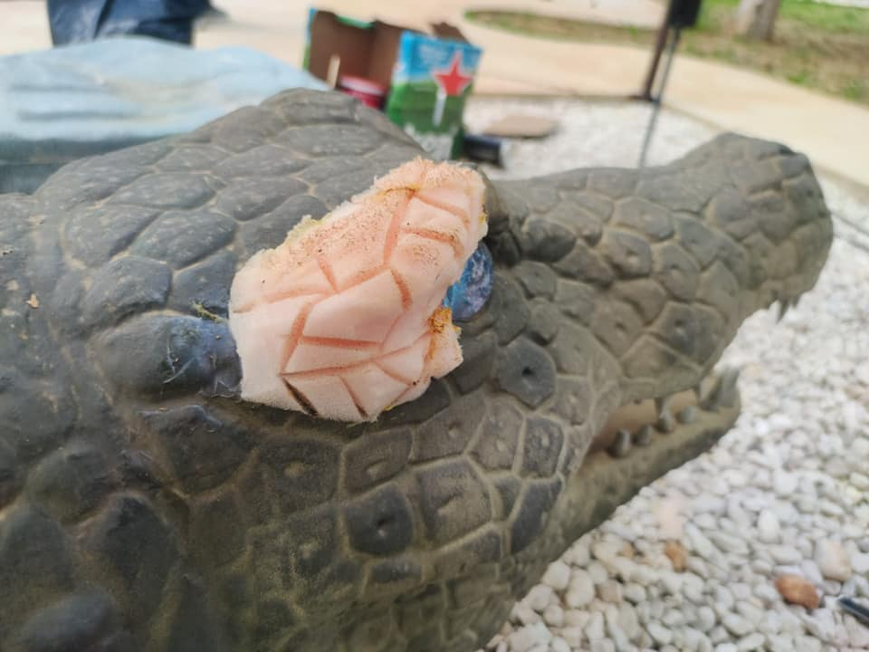 Procedono le riparazioni dei dinosauri al Dinopark di Avezzano