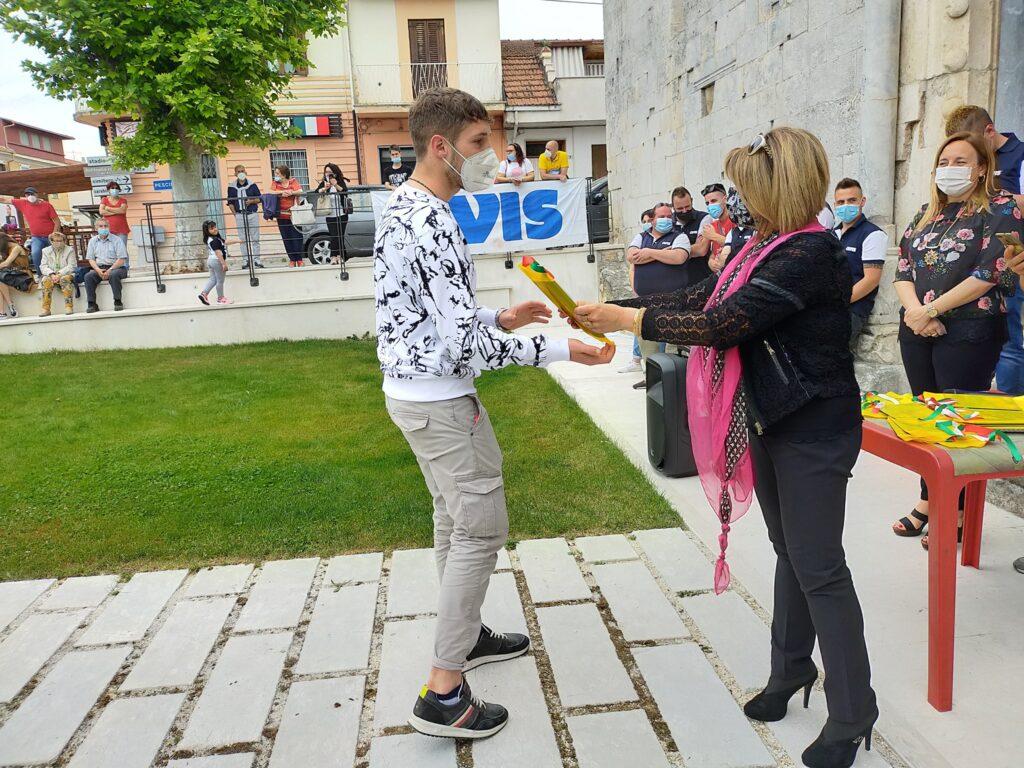 Una copia della Costituzione in regalo ai neo diciottenni di San Benedetto dei Marsi