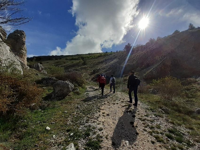 La Coopeativa AmbeCò organizza per domani un'escursione guidata gratuita a Collarmele