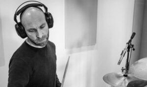 percussionista Pierluigi Tomassetti