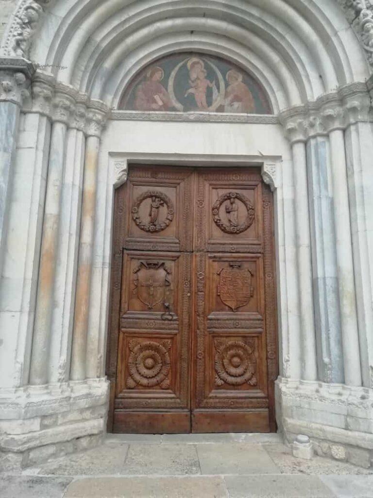Il Rotary Club di Avezzano restaura il portale della chiesa di San Giovanni Battista a Celano