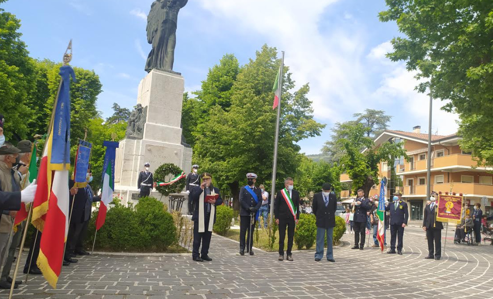 """Festa della Repubblica nel segno della """"ripartenza"""". Il sindaco Di Pangrazio: """"uniti riusciremo a riprendere il cammino"""""""
