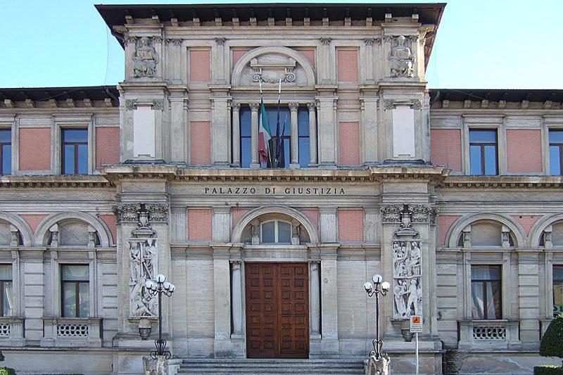 Domani flash mob di Fratelli D'Italia per la salvaguardia dei Tribunali soppressi