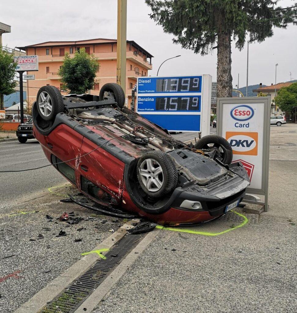Violento scontro in via XX settembre ad Avezzano