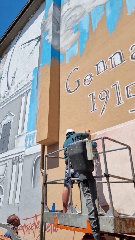 I muri iniziano a parlare ad Avezzano, in piazza San Bartolomeo un murales che riproduce la vecchia Collegiata distrutta dal terremoto del 1915