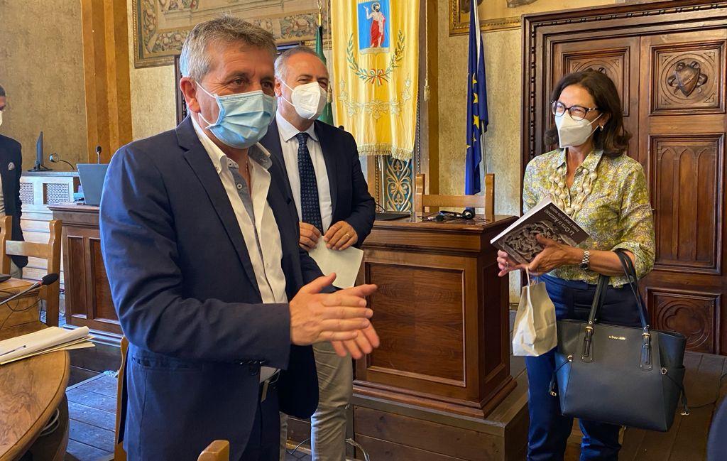 Palazzaccio ex Inail ad Avezzano, stop a bivacchi e schiamazzi notturni