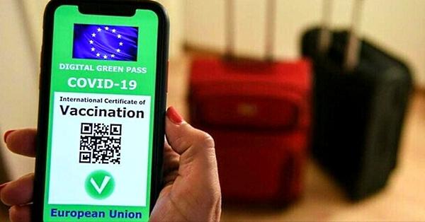 Green Pass Covid, attenzione: circola su Whatsapp un messaggio truffa