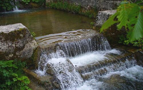 Vietato utilizzare l'acqua del fiume Imele per irrigare o abbeverare animali