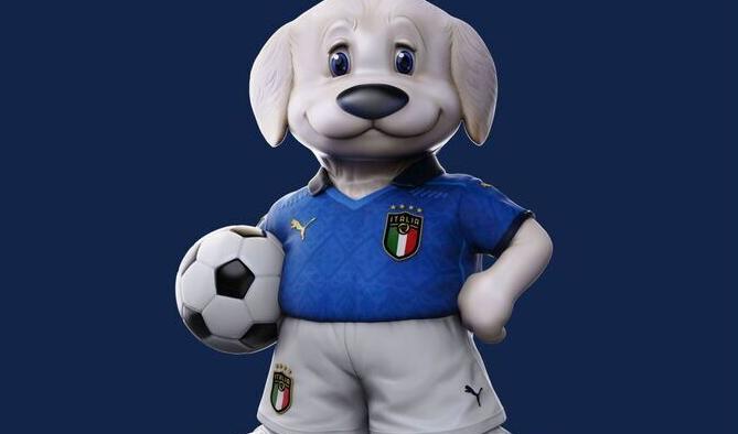 Un piccolo pastore maremmano abruzzese è la mascotte dell'Italia agli Europei di calcio