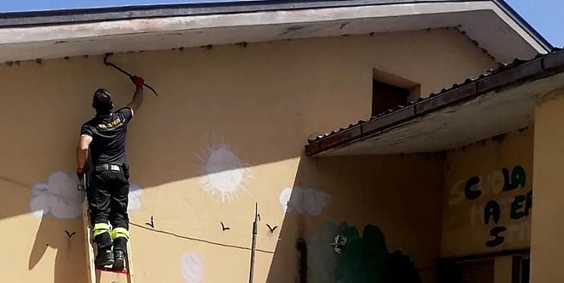 Nidi di vespe infestano la sede della Misericordia: intervengono i Vigili del Fuoco