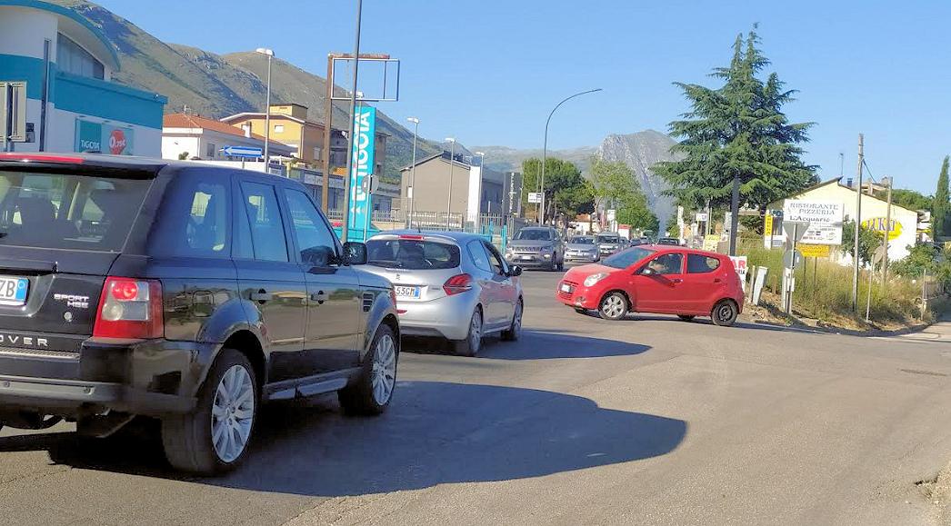"""Caruscino, rotatoria in vista all'incrocio con via XX Settembre. Di Pangrazio : """"è collegata col progetto marciapiedi-ciclabile verso San Pelino"""""""
