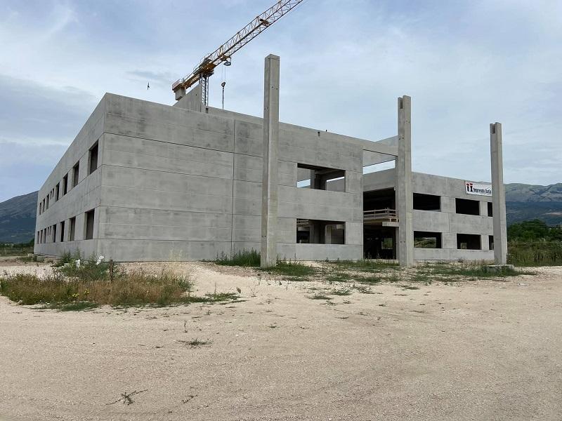 """Costruzione della scuola """"Beato Tommaso da Celano"""", il Sindaco Santilli: """"Celano avrà la sua nuova scuola secondaria"""""""