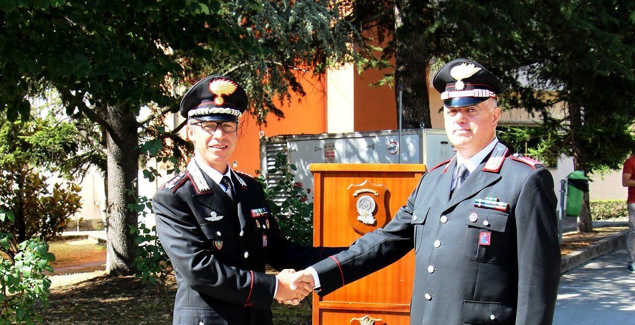Il luogotenente dei Carabinieri dell'Aquila Domenico Petrocco va in pensione, il saluto dell'Arma