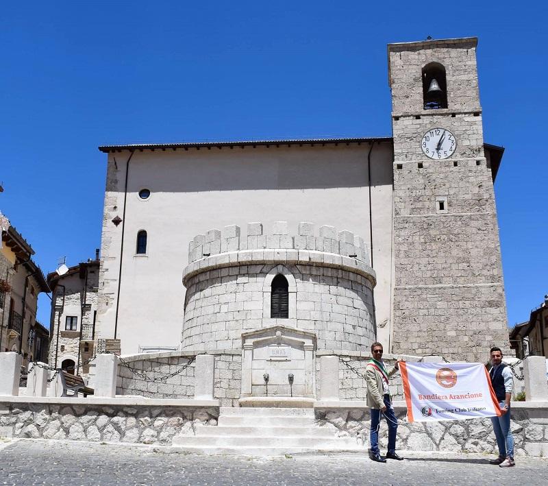 Bandiera Arancione del Touring Club Italiano al Comune di Opi