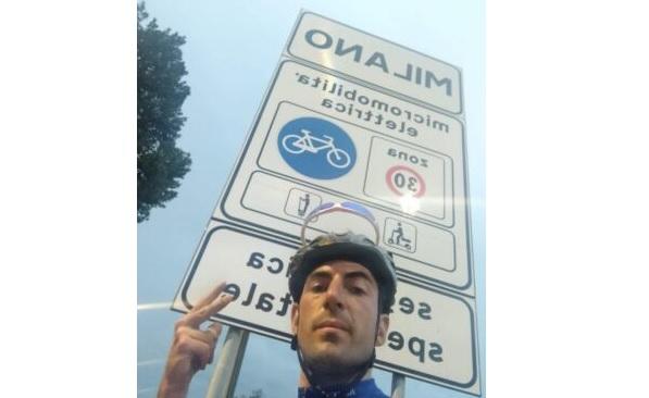 L'avezzanese Martin Scipioni percorre 765 km in sella alla sua bicicletta e raggiunge Milano