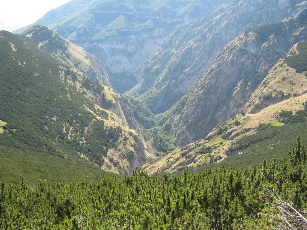 """""""Le nostre montagne raccontano la Majella, misteriosa, affascinante e selvaggia"""""""