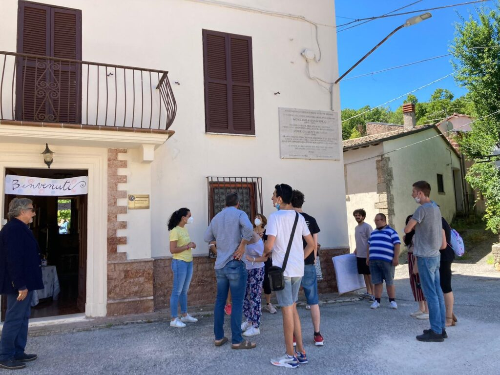 Solidarietà a Marano dei Marsi, l'Associazione Veronica Gaia Di Orio accoglie gli ospiti del centro sociale diurno dell'Associazione Aptdh Odv ETS