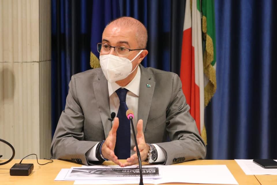 """Il virus non va in vacanza. Pettinari: """"le istituzioni locali non abbassino la guardia, continuare con monitoraggio e isolamento dei contagiati"""""""