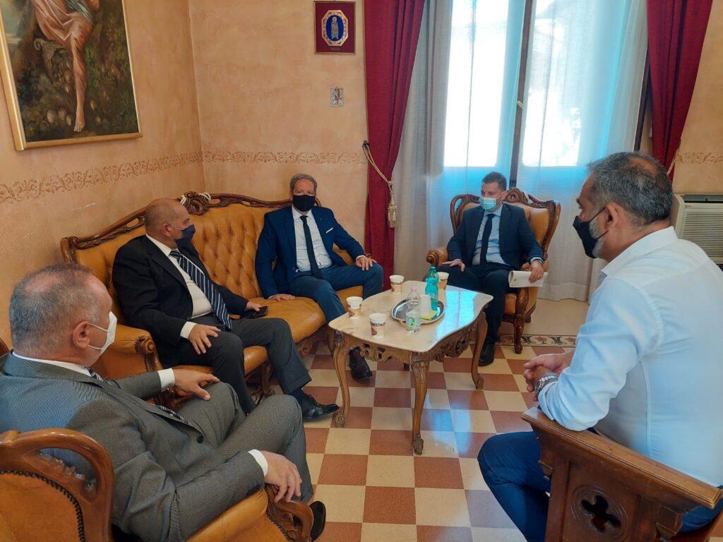 """Questore accolto dagli Amministratori a Palazzo di città. Di Berardino """"Confronto sull'ordine e la sicurezza pubblica in chiave preventiva"""""""
