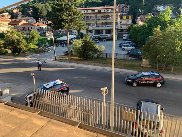 Traffico di sostanze stupefacenti in pieno centro a Tagliacozzo, blitz dei carabinieri e misure cautelari per quattro indagati
