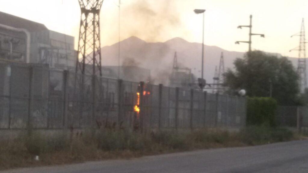 Il boato e poi le fiamme, incendio nella zona industriale di Avezzano (Video)