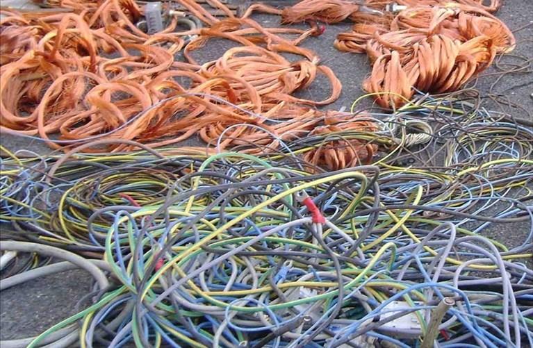 Tentato furto di cavi elettrici, assolto dopo 3 anni
