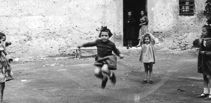 Come si divertivano i nostri nonni? A Sante Marie una giornata dedicata ai giochi di una volta