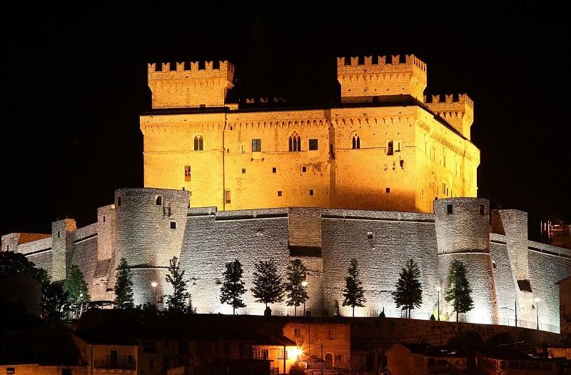 """Al via il """"Festival all'ombra del Castello"""" a Celano"""