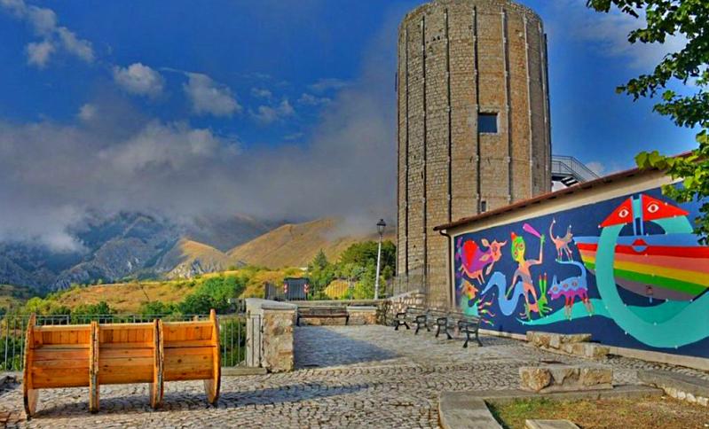 Aielli per tutti: un tour inclusivo tra i murales