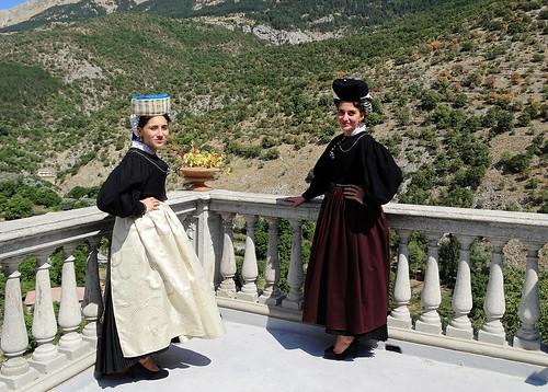 Il costume maschile e femminile di Opi, il ricordo dello scrittore marsicano Andrea Di Marino