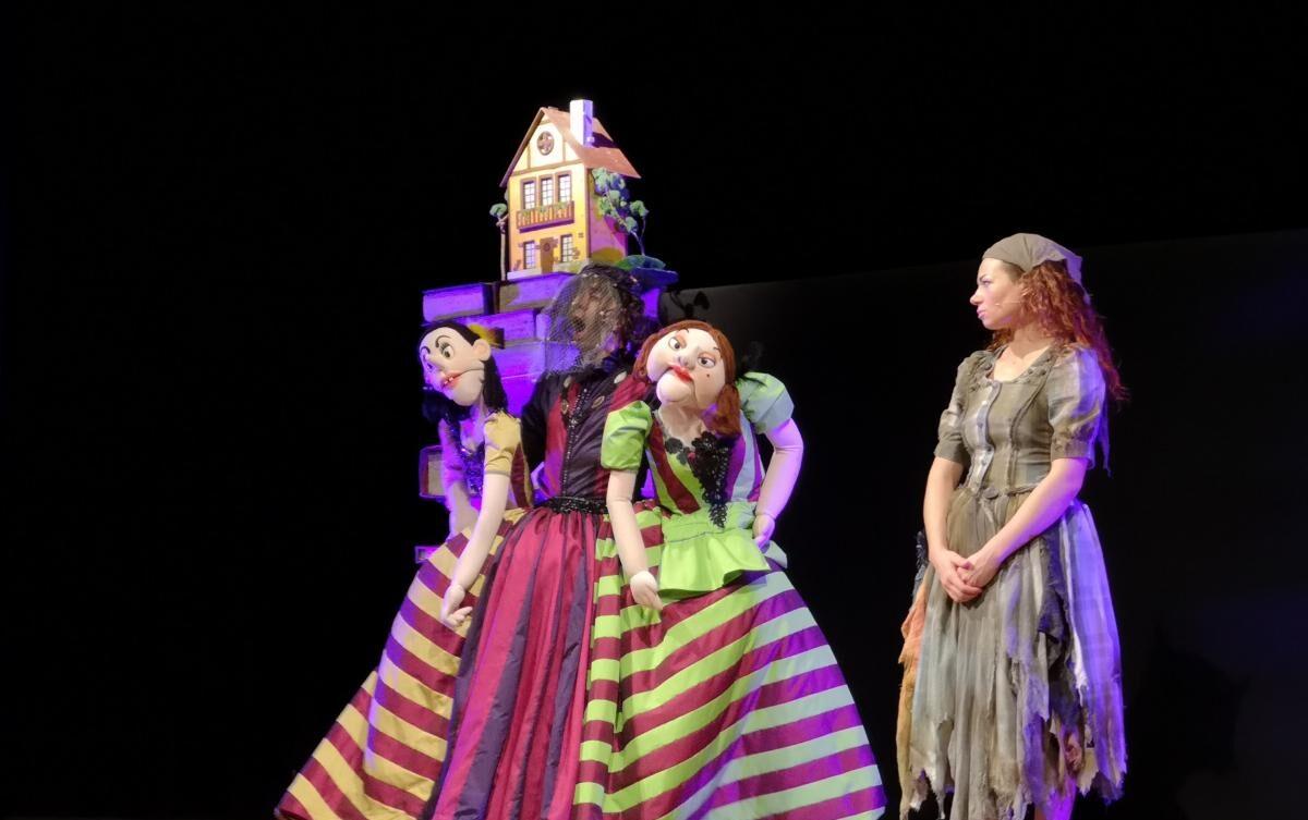 """Si concluderà con lo spettacolo """"Cenerentola in bianco e nero"""" il 18 agosto a Balsorano la prima rassegna di Teatro Ragazzi"""
