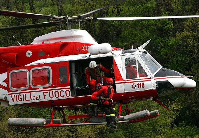 Sbagliano sentiero, salvati dall'elicottero dei Vigili del fuoco due escursionisti sul monte Velino