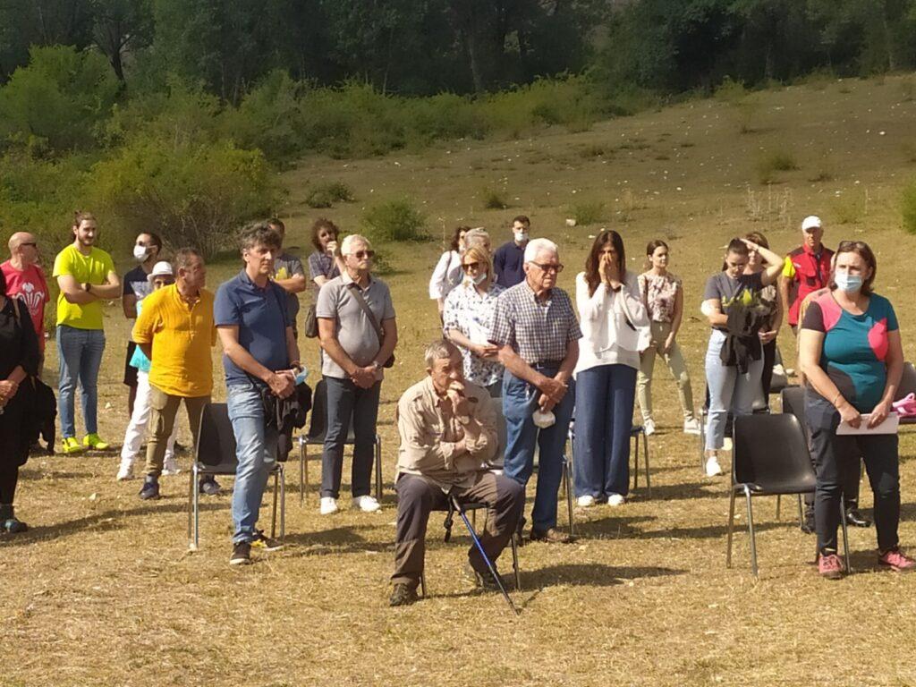 Una messa in onore dei 4 morti ai piedi del Monte Velino. Nel loro nome, venerdì, in Comune, sarà siglato un accordo per scalate in sicurezza