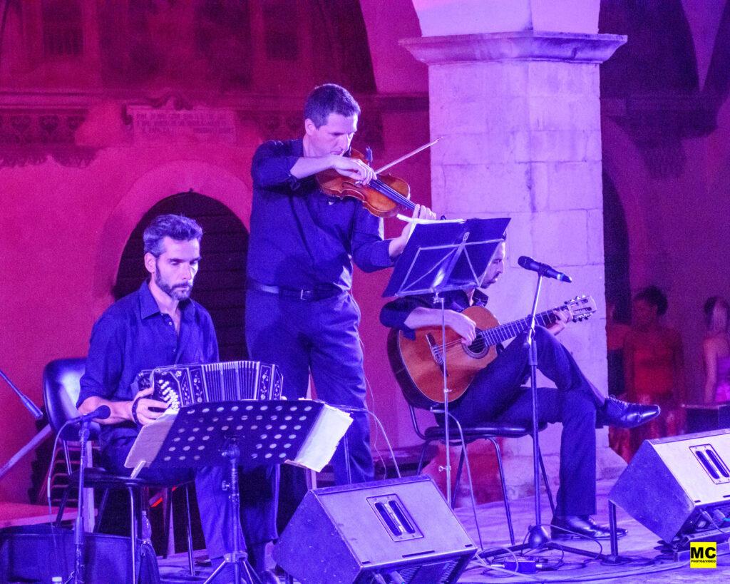 Il tango argentino 'Hyperion Ensemble' incantano il pubblico del Festival internazionale di Mezza Estate, a Tagliacozzo (video e foto)
